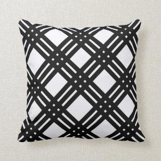 Guingão preto e branco travesseiro
