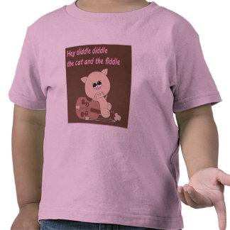 Hey diddle a rima de berçário com o tshirt da cria