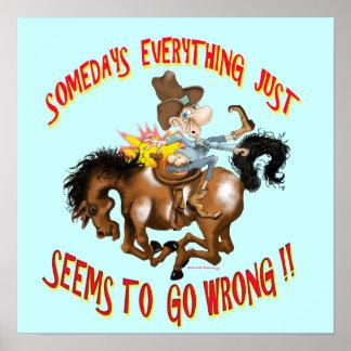 Homem do poster no cavalo para trás engraçado!