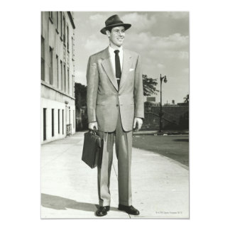 Homem no terno convite 12.7 x 17.78cm