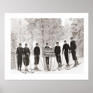Iamge do esqui do vintage, foto do grupo poster