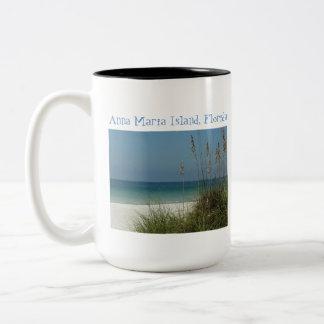 Ilha de Anna Maria, Fl., opinião do golfo com Caneca Dois Tons