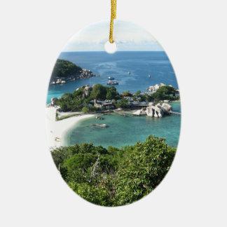 Ilha tropical ornamento de cerâmica oval