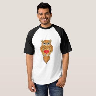 Ilustração da coruja tshirt