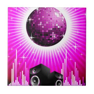 ilustração da música com a bola do auto-falante e azulejo quadrado pequeno