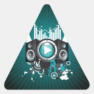 ilustração da música com auto-falante e asas adesivo triangular
