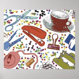 Ilustração dos materiais de escritório da mesa do posteres