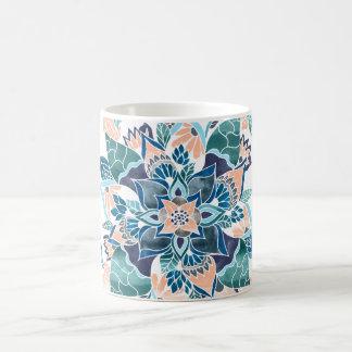 Ilustração floral da aguarela azul coral moderna caneca de café
