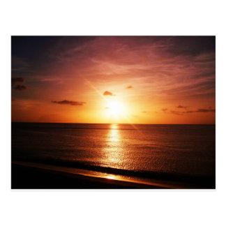 Imagem romântica do por do sol cartão postal