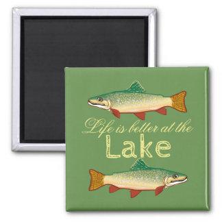 Íman A vida do verde de musgo é melhor no lago |Trout