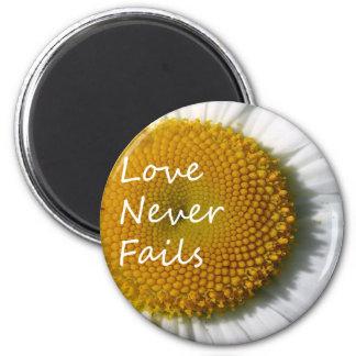 Íman O amor nunca falha os Corinthians 13 da margarida