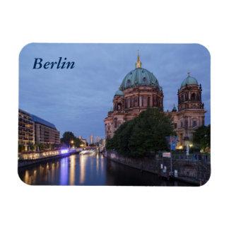 Íman Série e catedral do rio em Berlim, Alemanha
