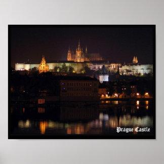 Impressão do castelo de Praga da noite