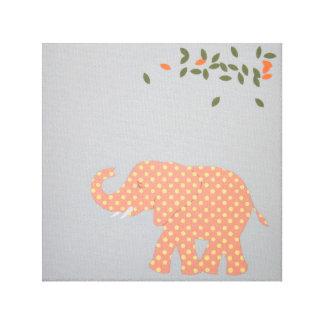 Impressão do elefante do bebê para a sala do bebê
