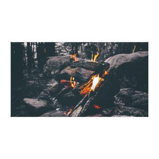 Impressão Em Canvas Aventura preto e branco da fogueira | |