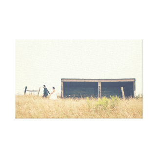 Impressão Em Tela Acople o passeio em um campo na foto do país