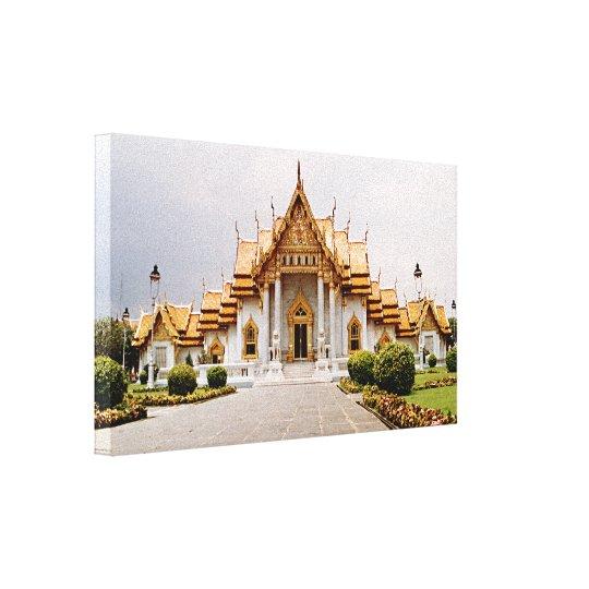 Impressão Em Tela Templo de mármore do ouro sobre o leão do Khmer