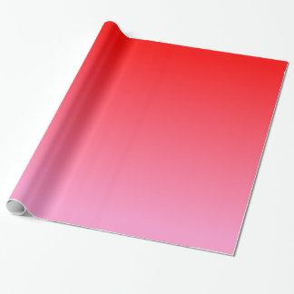 Inclinação rosa vermelha papel de presente