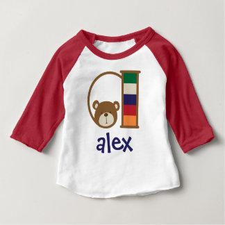 Inicial a do Tshirt do urso do bebé da camisa do