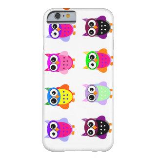 iPhone colorido bonito das corujas do kawaii retro Capa Barely There Para iPhone 6
