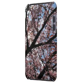 """Ipod touch da """"flor de cerejeira"""", mal lá caso capa para iPod touch"""