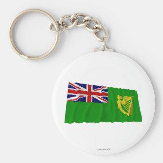 Ireland que acena a bandeira verde chaveiro