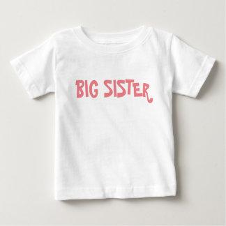 Irmã mais velha t-shirt