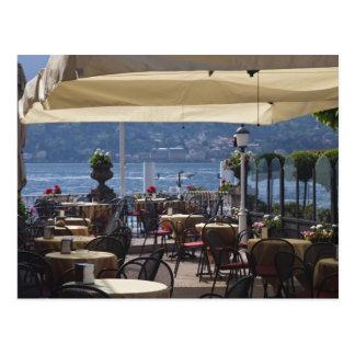 Italia, província de Como, Bellagio. Café da beira Cartão Postal