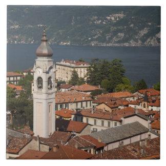 Italia, província de Como, Menaggio. Opinião e 2 d Azulejo