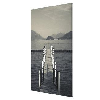 Italia, província de Como, Tremezzo. Cais do lago Impressão Em Tela Canvas