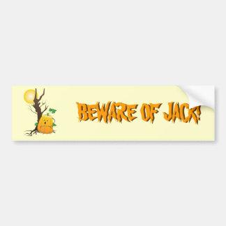 Jack o'lantern com árvore seca e uma lua adesivo para carro