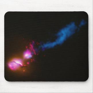 Jato de um buraco negro, espaço Mousepad. Mousepad