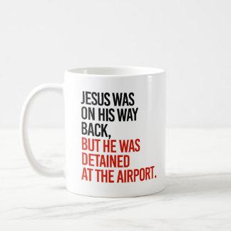 Jesus estava em sua parte traseira da maneira, mas caneca de café