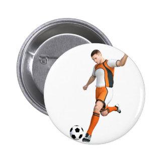 Jogador de futebol em alaranjado, em preto, e o bóton redondo 5.08cm