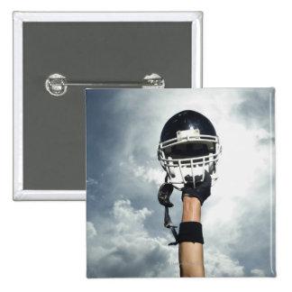 Jogador de futebol que guardara o capacete no ar bóton quadrado 5.08cm