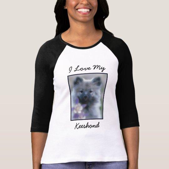 Keeshond com aquilégia camiseta