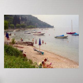 Lago Como na praia Menaggio Posters