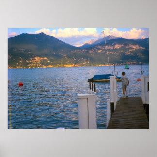 Lago Como, pescando do palco de aterragem Posters