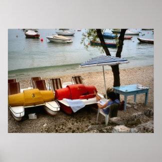 Lago Como relaxando pelo lago Posters