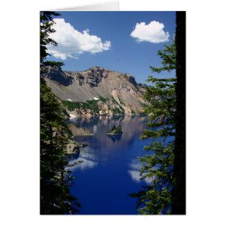 Lago crater e o navio fantasma cartão
