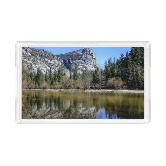 Lago mirror