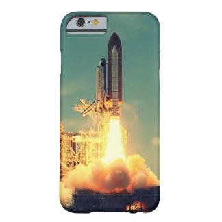 Lançamento de Rocket Capa iPhone 6 Barely There