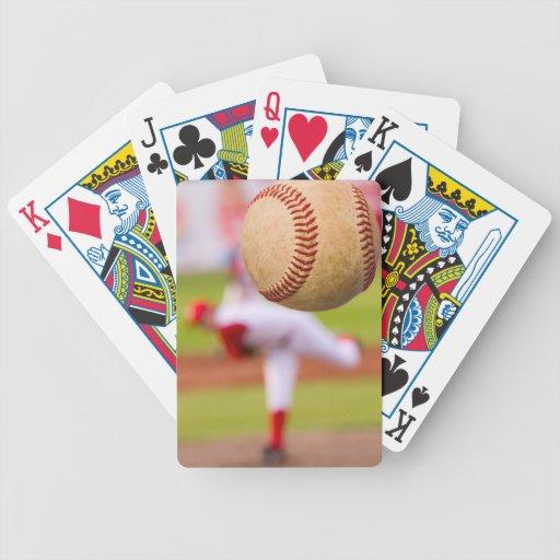 Lançamento do basebol baralhos