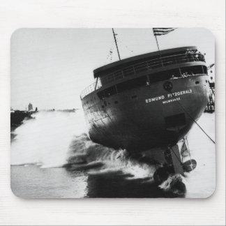 Lançamento do Edmund Fitzgerald 6-8-1958 2 Mouse Pad