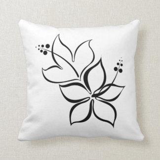 Lance preto e branco da flor tropical travesseiro de decoração