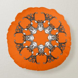 Laranja redonda do travesseiro bonito da casa de almofada redonda