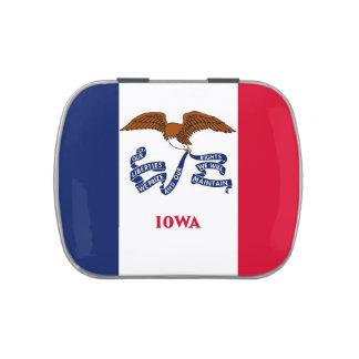 Latas patrióticas dos doces com a bandeira de Iowa