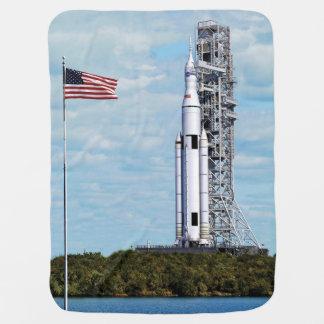 Launchpad do sistema Rocket do lançamento do Cobertorzinhos Para Bebe