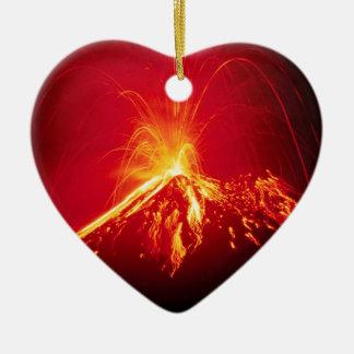 Resultado de imagem para coração em erupção