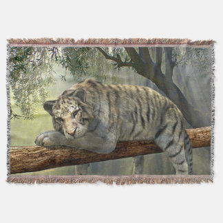 Lençol Tigre em uma cobertura do lance do ramo